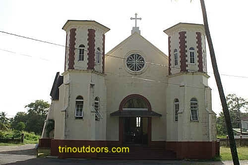 mayaro catholic compressed.jpg (65665 bytes)