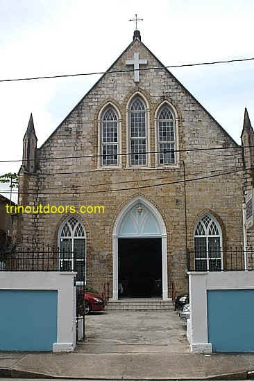 st john's church compressed.jpg (88212 bytes)